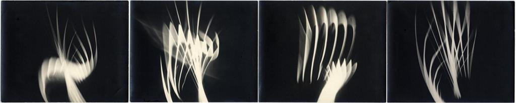 """Quatre moments de """"Unfolding"""", entre 1933 et 1943."""